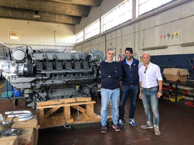 Read more about the article Il motore 12AY-WST: un gioiello della nautica